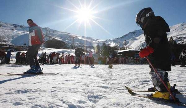 sierra nevada ski resort season